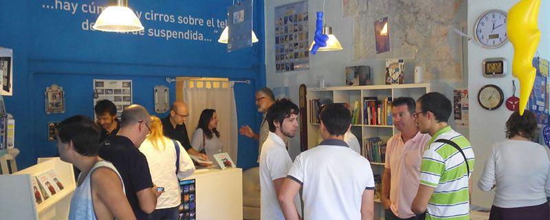 Otro momento de la mañana. De perfil, en el centro, Joan Boscà, propietario de MeteoCárcer. Al fondo, Victoria Rosselló y Joan Carles Fortea.