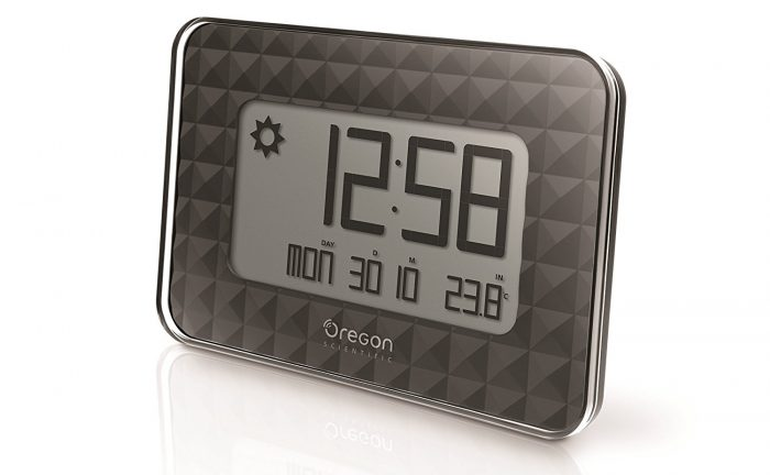 Reloj digital de pared Oregon JW-208